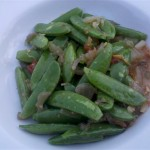 Snap peas with pickled veggies & sauce